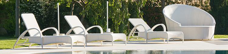 Aluminum And Wicker Furniture